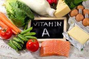 Vitamin A Lebensmittel auf Tisch